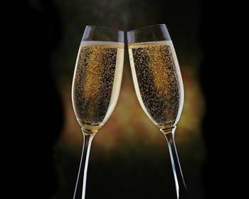 К хорошему счёту хорошее шампанское